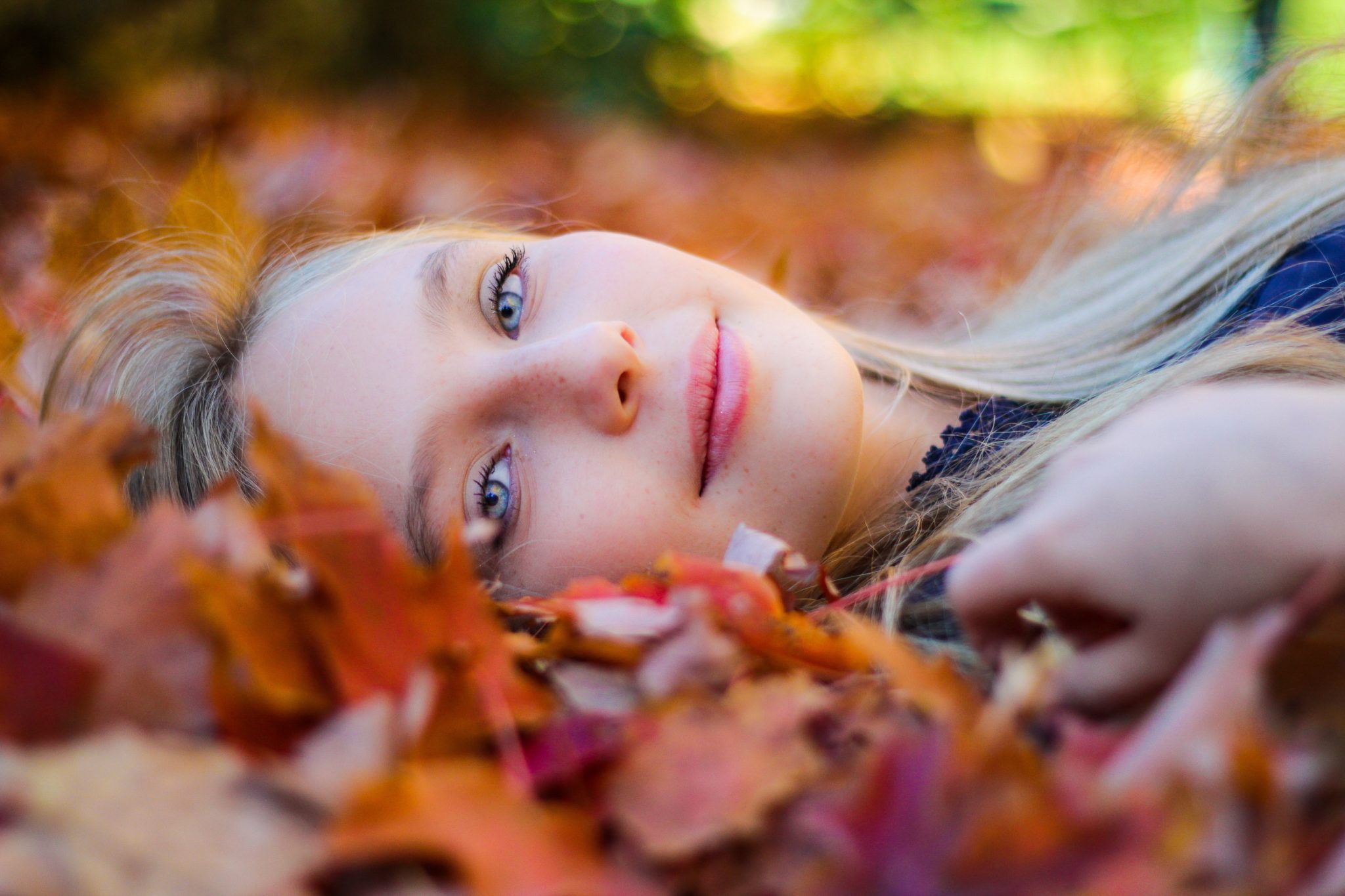 laying-in-the-leaves